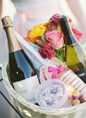 Wedding Night Hotel Gift Basket : Wedding Question: Do I Need to Give Welcome Baskets to My Out of Town ...